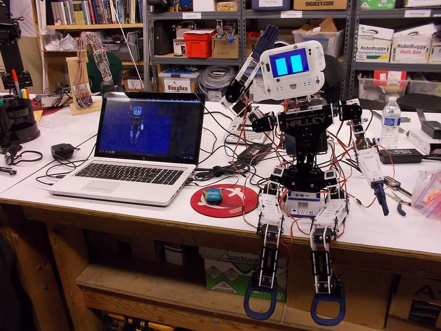 Halley robot.jpg.thumb
